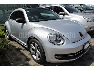 Foto venta Auto Seminuevo Volkswagen Beetle SPORT STD A/AC Q/C (2015) color Plata precio $225,000
