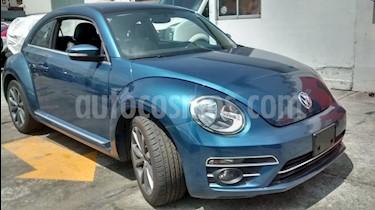 Foto venta Auto Usado Volkswagen Beetle Sportline (2017) color Azul Metalizado precio $289,000