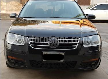 foto Volkswagen Bora 1.8 T Highline Cuero Tiptronic usado (2011) color Negro precio $335.000