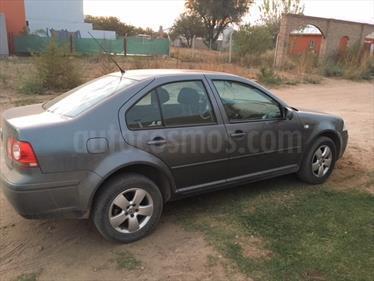 Foto venta Auto Usado Volkswagen Bora 1.9 TDi Trendline (2013) color Gris Platina precio $250.000