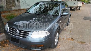 Foto venta Auto Usado Volkswagen Bora 2.0 Trendline (2010) color Gris precio $185.000