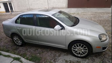Foto venta Auto Seminuevo Volkswagen Bora 2.0L Turbo Tiptronic (2006) color Plata precio $89,000