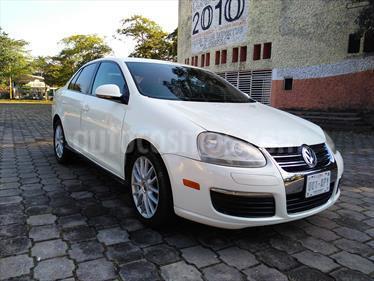 Foto venta Auto Usado Volkswagen Bora 2.5L Active Tiptronic (2006) color Blanco precio $84,000