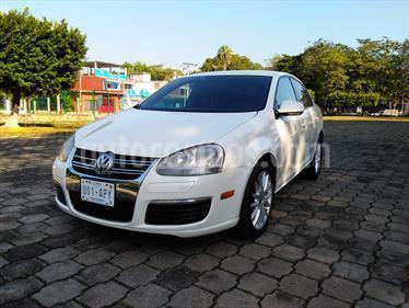 Foto venta Auto Usado Volkswagen Bora 2.5L Active Tiptronic (2006) color Blanco Campanella precio $70,000
