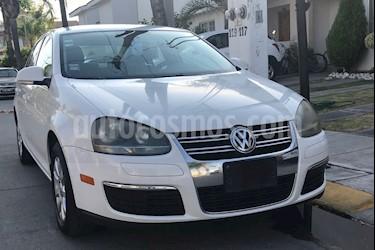 Foto venta Auto usado Volkswagen Bora 2.5L Style Active Tiptronic (2009) color Blanco Campanella precio $98,000