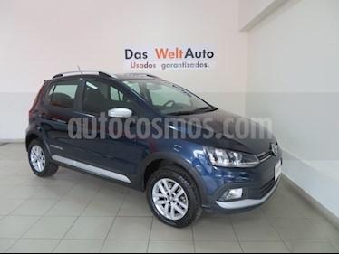 Foto venta Auto Seminuevo Volkswagen CrossFox 1.6L (2016) color Azul Noche precio $169,995