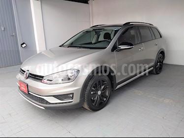 Foto venta Auto Seminuevo Volkswagen CrossGolf 1.4L (2017) color Plata Tungsteno precio $297,000