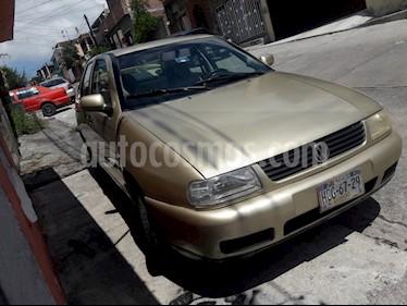 Foto venta Auto usado Volkswagen Derby Trendline 1.8L (2003) color Oro precio $30,000