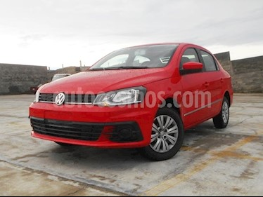 Foto venta Auto Seminuevo Volkswagen Gol Sedan Trendline (2017) color Rojo Flash precio $165,000