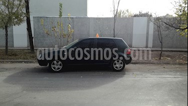 Foto venta Auto usado Volkswagen Golf 5P 1.6 Comfortline (2004) color Verde precio $140.000