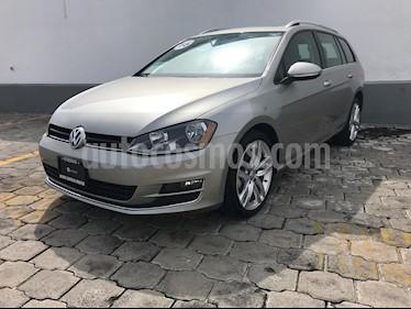 Foto venta Auto Seminuevo Volkswagen Golf Comfortline 2.0L  (2016) color Plata Dorado precio $285,000