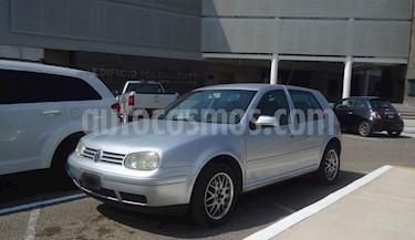 Foto venta Auto Seminuevo Volkswagen Golf Comfortline 2.0L  (2001) color Plata Metalizado precio $70,000