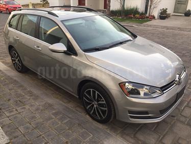 Foto venta Auto usado Volkswagen Golf Comfortline DSG (2016) color Plata Tungsteno precio $295,000