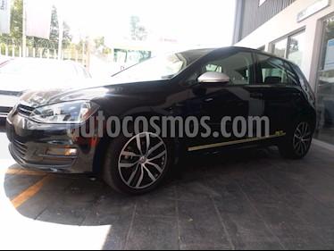 Foto venta Auto Seminuevo Volkswagen Golf Fest (2017) color Negro Profundo precio $309,999