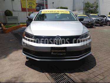 Foto venta Auto Usado Volkswagen Jetta 2.0 Tiptronic (2016) color Gris Platino precio $192,000