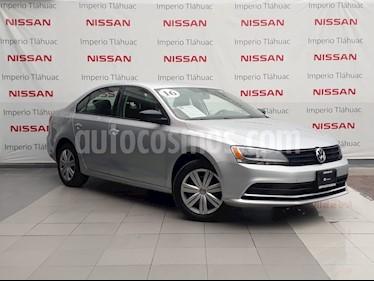 Foto venta Auto Seminuevo Volkswagen Jetta 2.0 Tiptronic (2016) color Plata Reflex precio $185,000