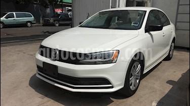 Foto venta Auto Seminuevo Volkswagen Jetta 2.0 Tiptronic (2016) color Blanco precio $210,000