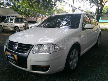 Volkswagen Jetta 2.0L Trendline usado (2013) color Blanco precio $35.800.000