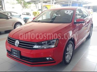 Foto venta Auto Usado Volkswagen Jetta Comfortline (2017) color Rojo precio $255,000