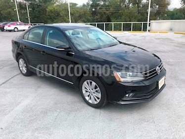 Foto venta Auto Seminuevo Volkswagen Jetta Comfortline (2017) color Negro Onix precio $255,000