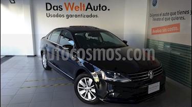 Foto venta Auto Seminuevo Volkswagen Jetta Comfortline (2017) color Negro precio $275,000