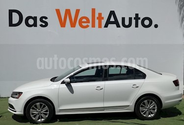 Foto venta Auto Seminuevo Volkswagen Jetta Comfortline (2017) color Blanco precio $263,000