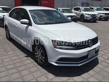 Foto Volkswagen Jetta JETTA TRENDLINE 2.5L 170 HP 6 VEL TIPTRONIC usado (2017) color Blanco precio $243,000