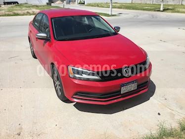 Foto venta Auto usado Volkswagen Jetta Live Tiptronic (2016) color Rojo precio $210,000