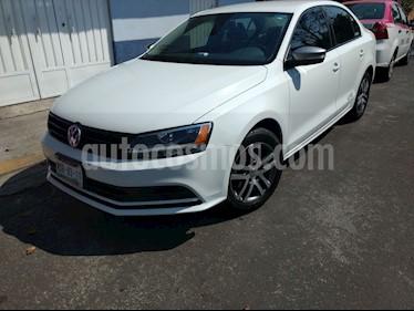 Foto venta Auto usado Volkswagen Jetta Live (2016) color Blanco precio $178,000
