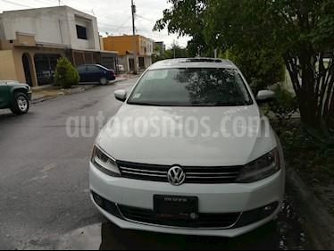 Foto venta Auto usado Volkswagen Jetta Sport Tiptronic (2014) color Blanco precio $190,000