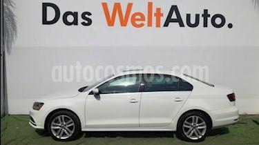 Foto venta Auto Seminuevo Volkswagen Jetta Sport Tiptronic (2018) color Blanco Candy precio $320,000