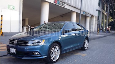 Foto venta Auto usado Volkswagen Jetta Sportline Tiptronic (2016) color Azul precio $239,000