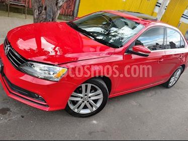 Foto venta Auto Seminuevo Volkswagen Jetta Sportline (2015) color Rojo Tornado precio $215,500