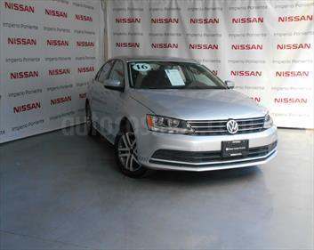 foto Volkswagen Jetta Trendline 2.0 Aut