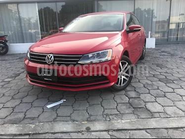 Foto venta Auto Usado Volkswagen Jetta Trendline (2016) color Rojo precio $215,000