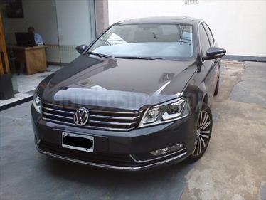 Volkswagen Passat 2.0 TSi Luxury DSG 2011