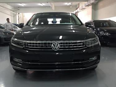 Foto venta Auto nuevo Volkswagen Passat 2.0 TSi R-Line DSG color Azul Harvard precio $1.590.100
