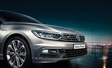 Foto venta Auto nuevo Volkswagen Passat 2.0 TSi R-Line DSG color Plata Tungsteno