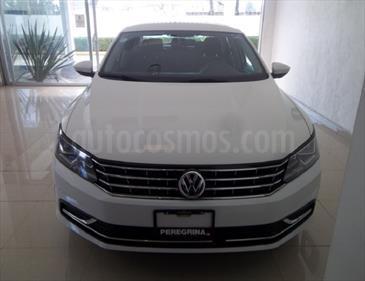 foto Volkswagen Passat CONFORLINE