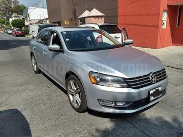 Foto venta Auto usado Volkswagen Passat DSG V6  (2014) color Plata precio $230,000