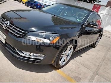 Foto venta Auto Usado Volkswagen Passat DSG V6 (2012) color Negro precio $199,000