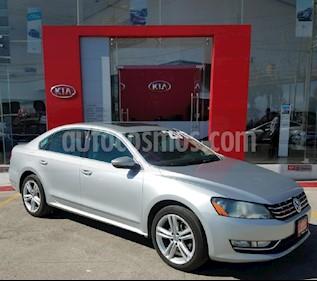 Foto venta Auto Seminuevo Volkswagen Passat DSG V6 (2013) color Plata precio $198,000