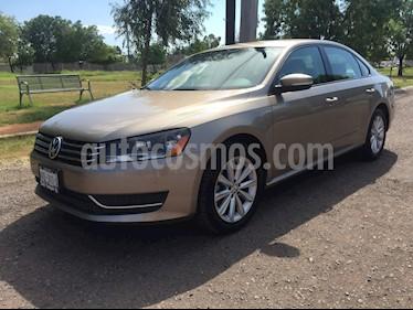 Foto venta Auto usado Volkswagen Passat Tiptronic Comfortline (2015) color Bronce precio $225,000