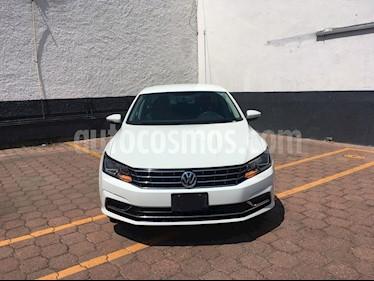 Foto venta Auto Seminuevo Volkswagen Passat Tiptronic Comfortline (2016) color Blanco Candy precio $245,000