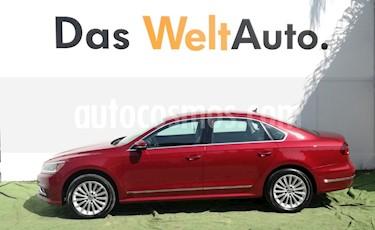 Foto venta Auto Usado Volkswagen Passat Tiptronic Sportline (2017) color Rojo precio $369,800