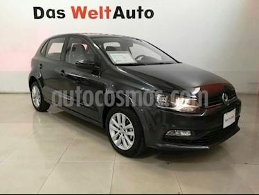 Foto venta Auto Seminuevo Volkswagen Polo Hatchback 1.6L (2017) color Gris Carbono precio $195,001