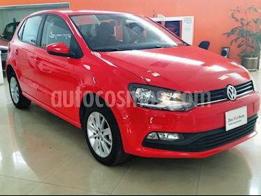 Foto venta Auto Seminuevo Volkswagen Polo Hatchback 1.6L (2017) color Rojo Flash precio $190,001