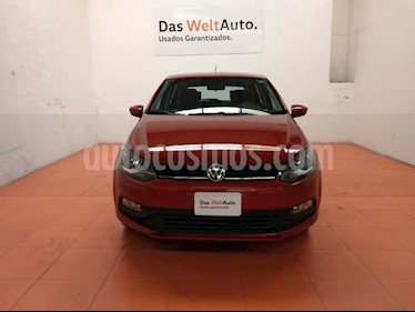 Foto venta Auto Seminuevo Volkswagen Polo Hatchback 1.6L (2018) color Naranja Cobre precio $200,000
