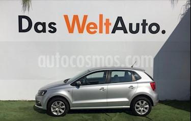 Foto venta Auto Seminuevo Volkswagen Polo 1.6L Base 5P (2015) color Plata precio $154,000