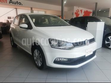 Foto venta Auto Seminuevo Volkswagen Polo 1.6L Comfortline 5P (2017) color Blanco precio $209,000